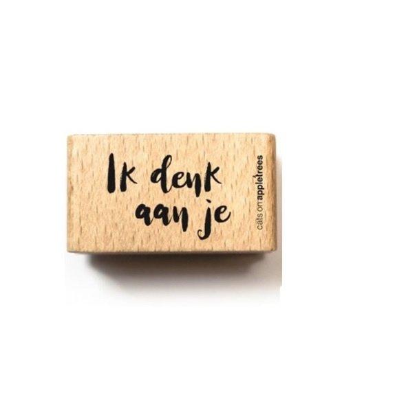 Tekst stempel hout | Ik denk aan je