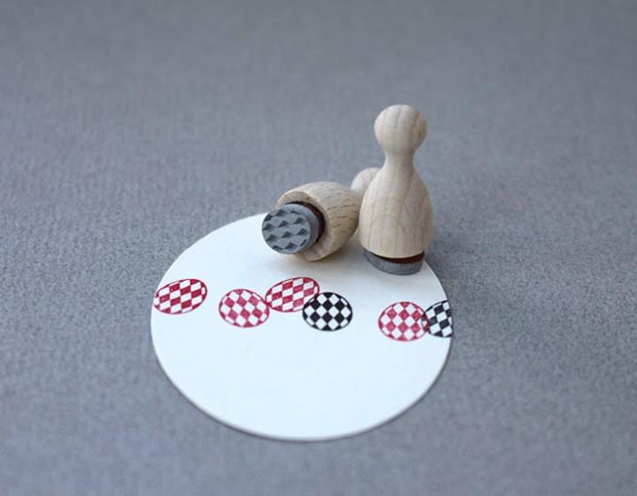 Mini Stempel S | Versierd eitje, ruit