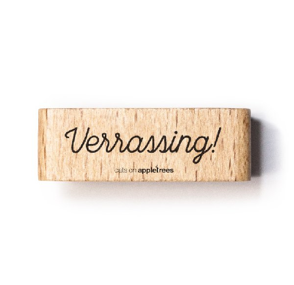Tekst stempel hout | Verrassing