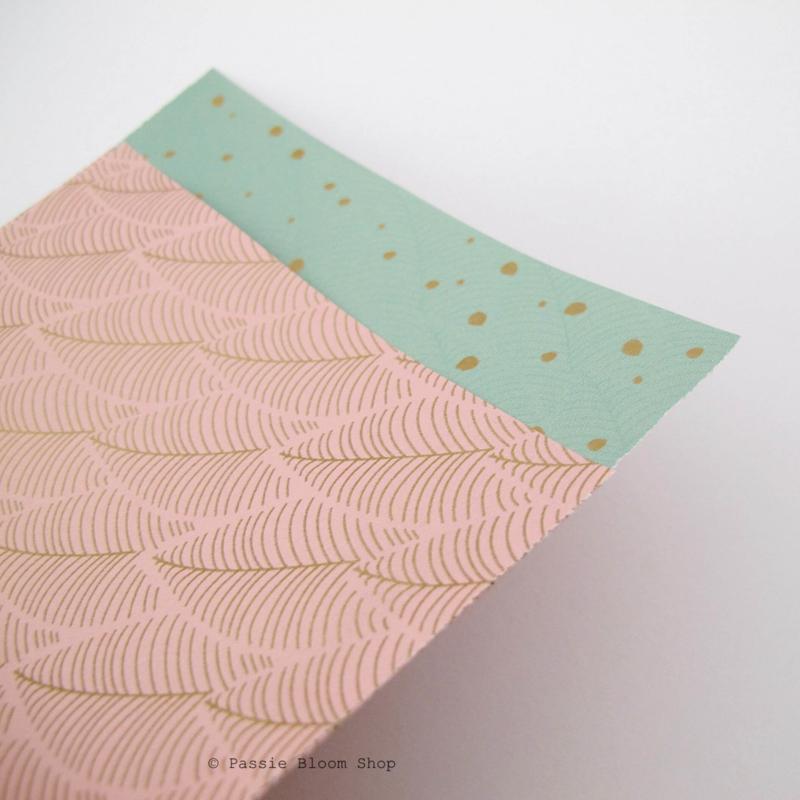 Cadeauzakjes roze met gouden bladeren 12x19