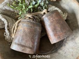 grote oud ijzeren bel aan touw