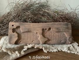 oud doorleefd houten speculaasplankje