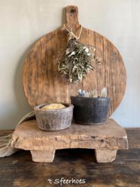 oud doorleefd houten bajot/serveerplank