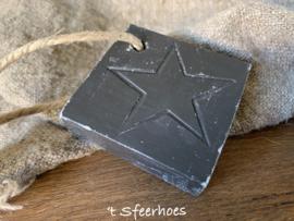 zeep ster aan touw, zwarte olijf