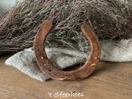 oud ijzeren hoefijzer roest