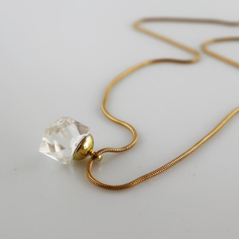 Drupt Hanger Crystal Clear
