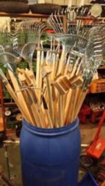 Verschillende soorten tuingereedschap