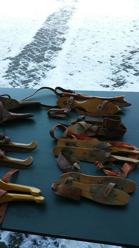 Houten schaatsen / Friese doorlopers