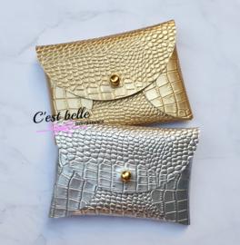 Pouchy clutch    tasje portemonneetje krokodillen motief zilver