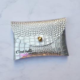 Pouchy clutch || tasje portemonneetje krokodillen motief zilver