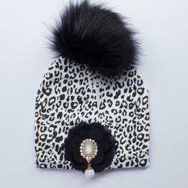 Wintermuts leopard/luipaardprint met zwarte bloem en luxe applicatie