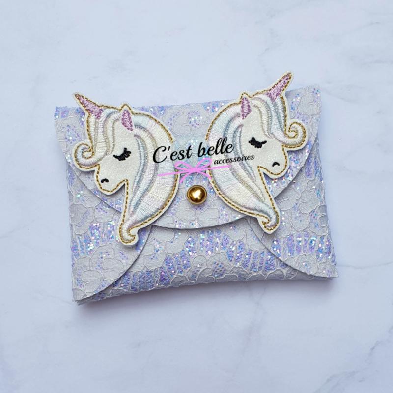 Pouchy clutch unicorn    tasje portemonneetje paars lila kant
