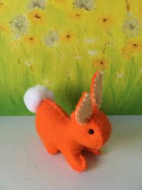 Regenboogkonijn klein 100% wolvilt oranje - zachtgele oren
