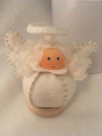 Engel/ Angel -Bolletje engel wit / goud