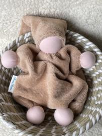 Knuffeltje - bamboe-katoen apricot met roze huidskleur