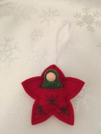 Kersthanger/ Christmas hangers - Ster rood met groen poppetje