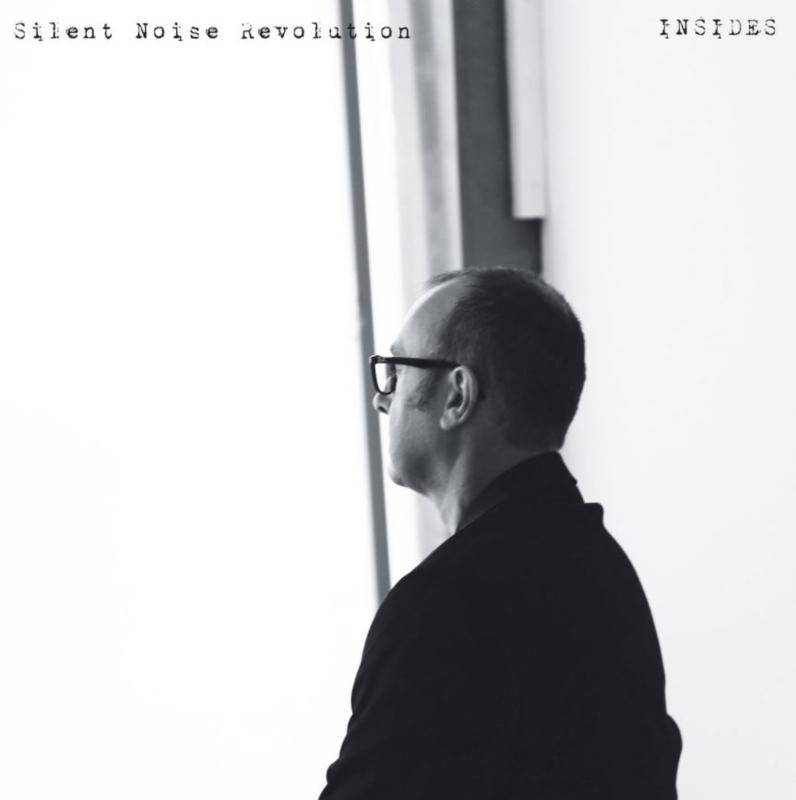 Silent Noise Revolution – Insides