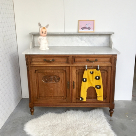 Commode marmer