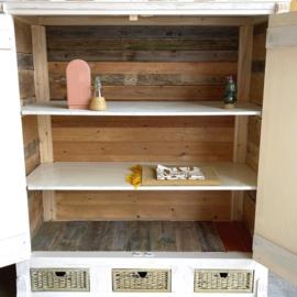 Handmade kast