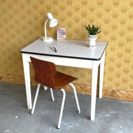Vintage schrijftafeltje
