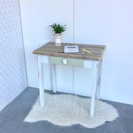 Bureau/schrijftafeltje