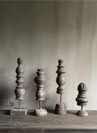 Oud houten ornament/ pinakel, verschillende modellen