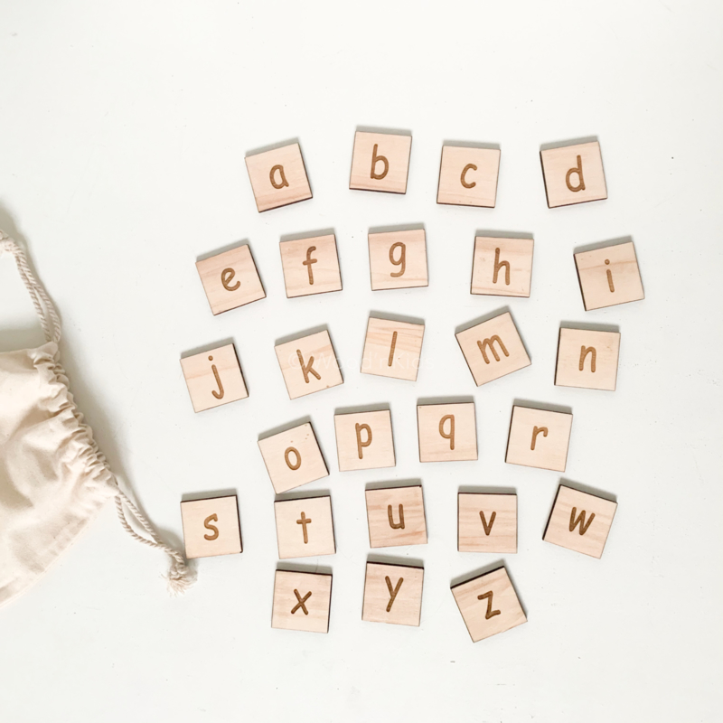 Houten alfabet letters