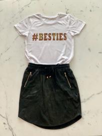 """#BESTIES"" Tijger Black or White T-Shirt"