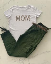 """MOM""  Leopard Black or White T-shirt"