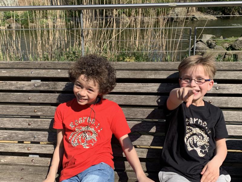 """KIDS"" Tijgershirt unisex Zwart/Wit/Rood/Roze tshirt"