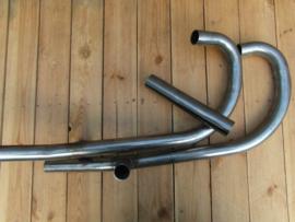 Uitlaat bochten K750 blank staal ,met knik en balanspijp