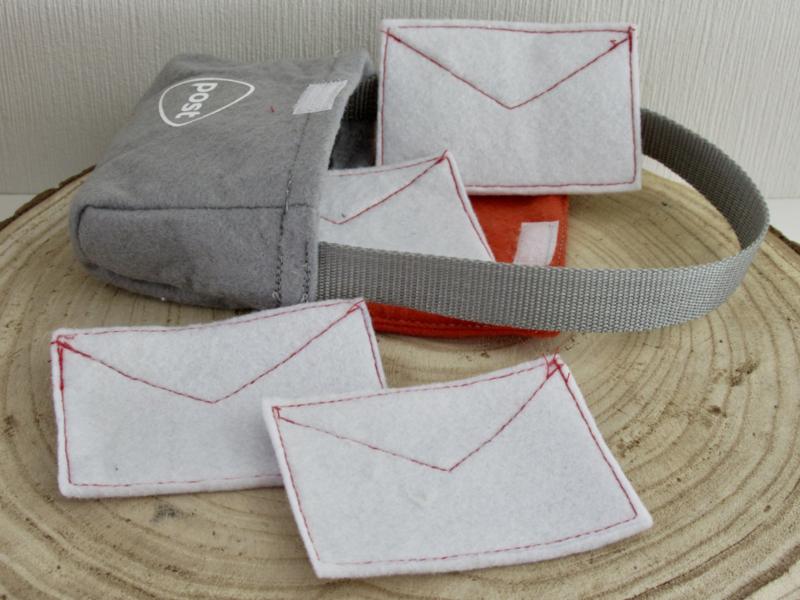 Tas + brieven | Postbode Kiki