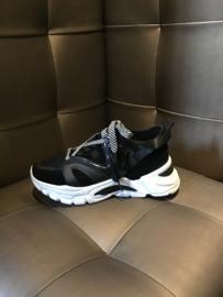Sneaker double