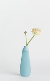 Bottle vase - licht blauw #4