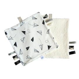 Barabrenda | Knuffeldoekje vliegtuig zwart/ wit