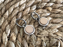Cabochon oorbellen | Mat | Nude