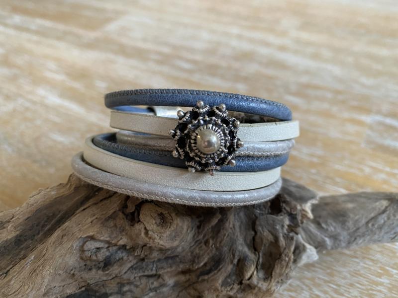 Wikkelarmband | Zeeuwse Knop | Jeansblauw Parelmoer