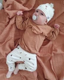 New born mutsje - maantjes