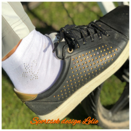 "Witte dames sportsokken met Swarovski design ""Lelie"""