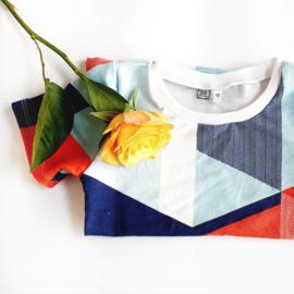 Shirt omgezoomd korte mouw, triangular rood, maat 110