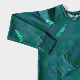 Raglan shirt, maat 116, blue leafs