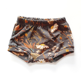 Shorts, flowers, maat 56
