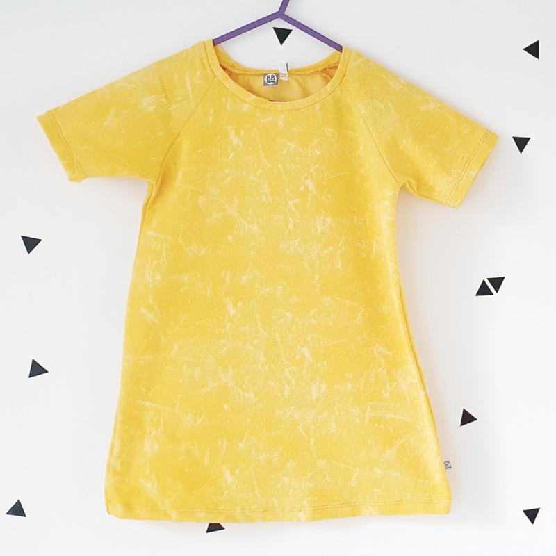 A-line jurkje, korte mouw, yellow denim lookalike, maat 98