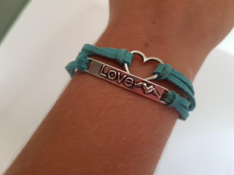 Armbandje Love