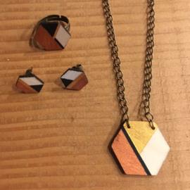 OUDER-KIND workshop: Set houten juwelen