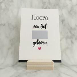 Kraskaart 'Hoera en lief meisje geboren'