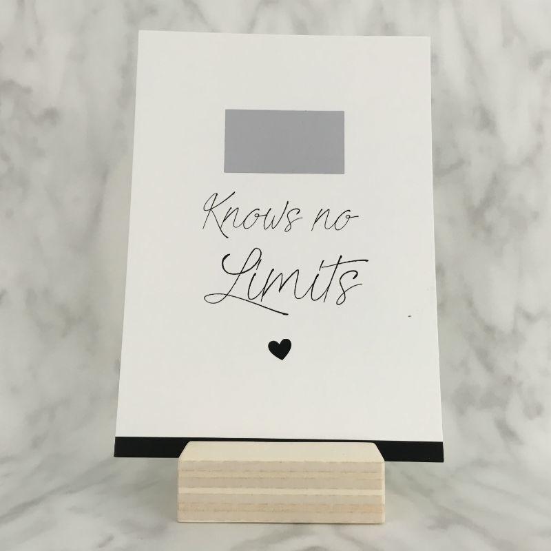 Kraskaart 'Love knows no limits'