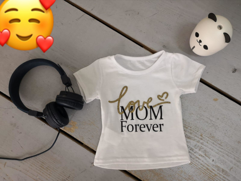 Love mom gold
