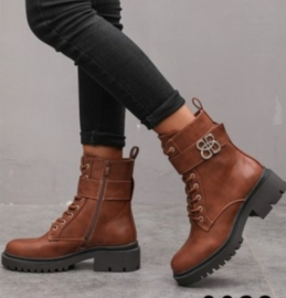 GIGI boots camel