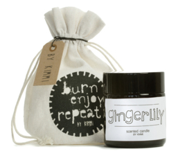 Eco geurkaars gingerlilly in apothekerspot